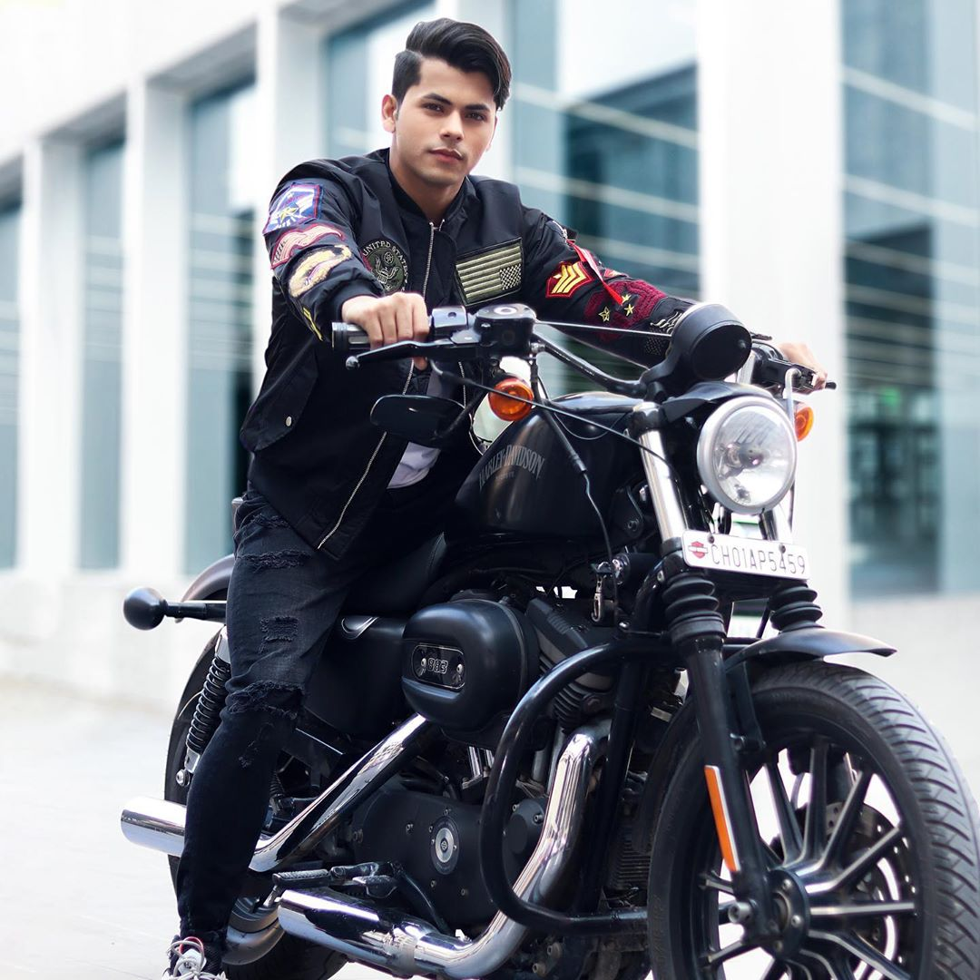 siddharth nigam images download